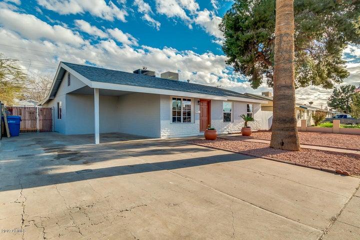 6829 W HIGHLAND Avenue, Phoenix, AZ 85033