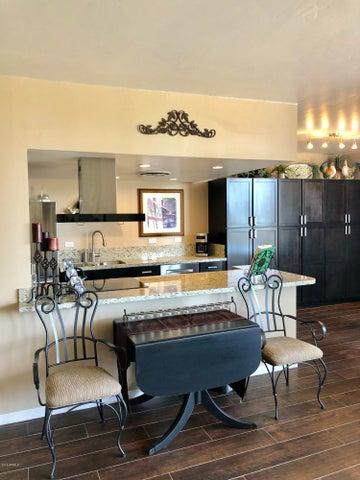 207 W CLARENDON Avenue 4G, Phoenix, AZ 85013