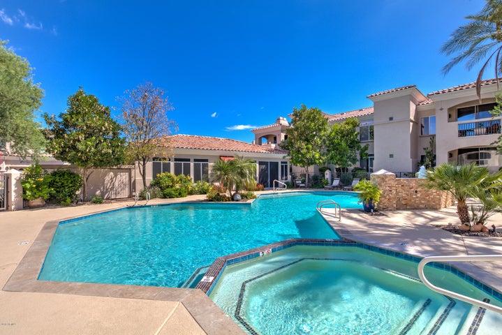 1747 E NORTHERN Avenue 243, Phoenix, AZ 85020