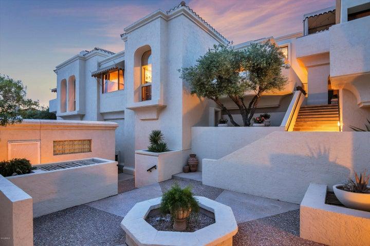 3800 E LINCOLN Drive 17, Phoenix, AZ 85018