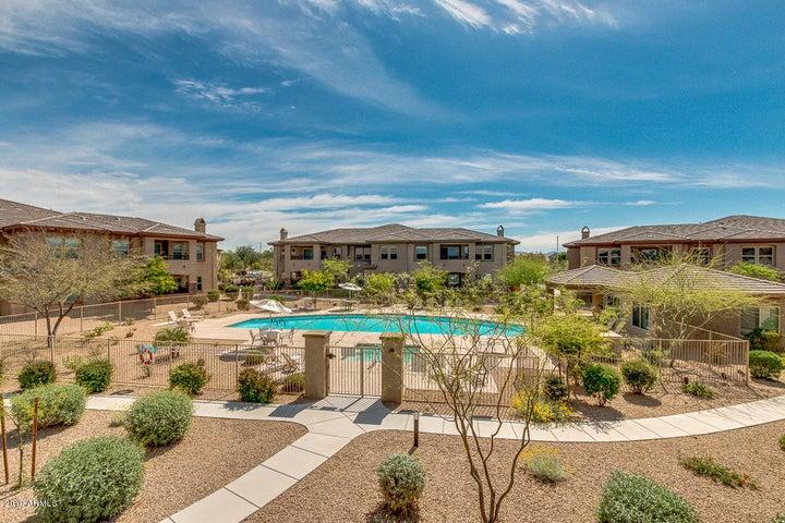 33575 N DOVE LAKES Drive 2028, Cave Creek, AZ 85331