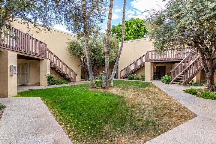 6240 N 16TH Street 33, Phoenix, AZ 85016
