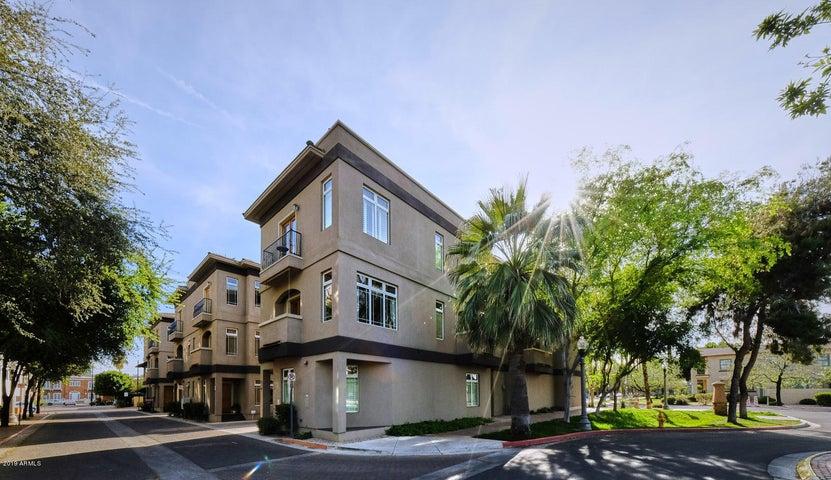 233 W PORTLAND Street, Phoenix, AZ 85003
