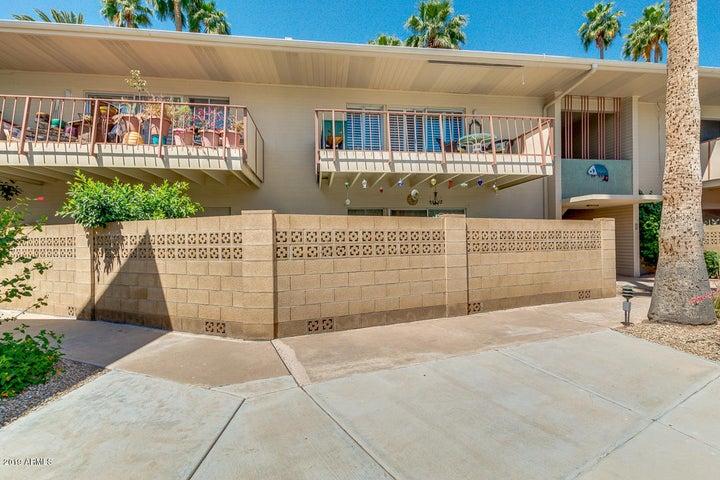 520 W CLARENDON Avenue E-20, Phoenix, AZ 85013