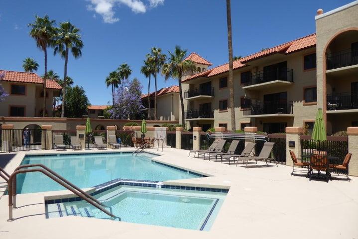 10330 W THUNDERBIRD Boulevard A226, Sun City, AZ 85351