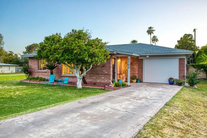 5702 N 19TH Place, Phoenix, AZ 85016
