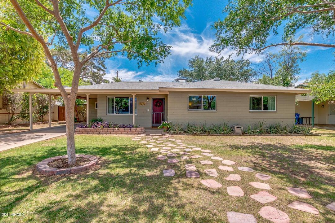2323 E MONTECITO Avenue, Phoenix, AZ 85016
