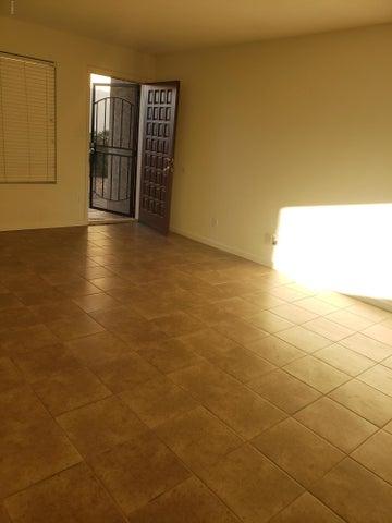 17228 N 16TH Drive 1, Phoenix, AZ 85023