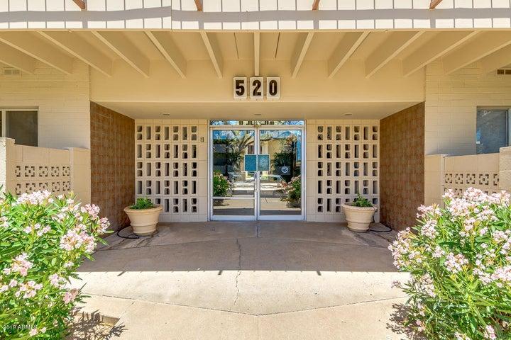 520 W CLARENDON Avenue E17, Phoenix, AZ 85013