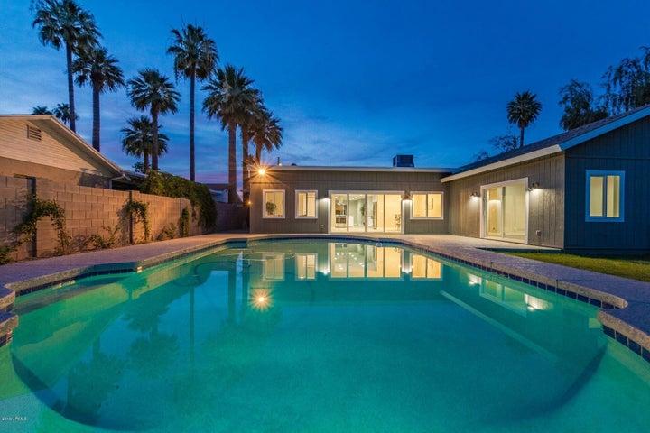 2727 E CLARENDON Avenue, Phoenix, AZ 85016