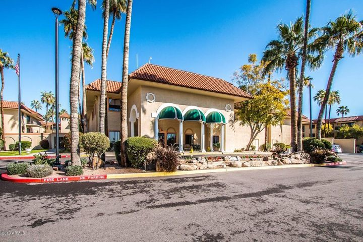10330 W THUNDERBIRD Boulevard C320, Sun City, AZ 85351