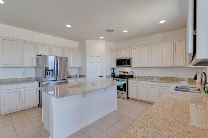 7904 S 24TH Place, Phoenix, AZ 85042