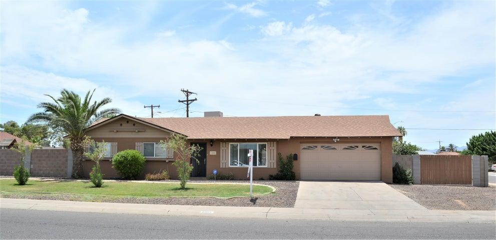 5555 W HIGHLAND Avenue, Phoenix, AZ 85031