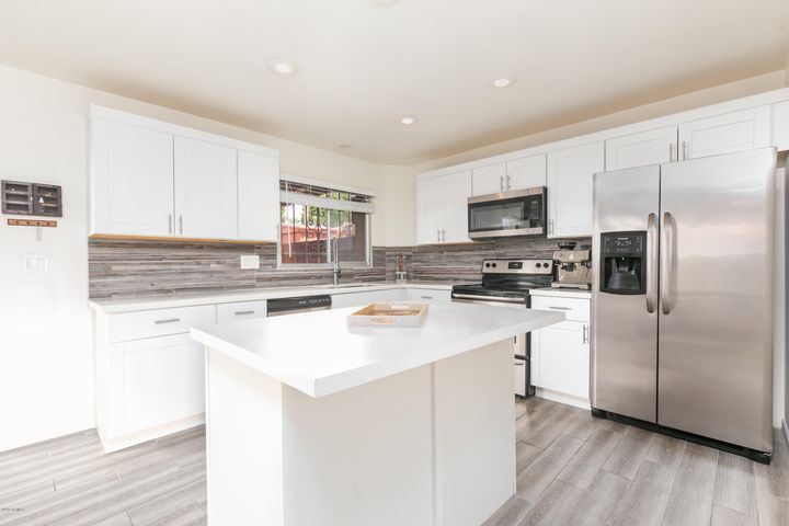 2915 E Fairmount Avenue, Phoenix, AZ 85016