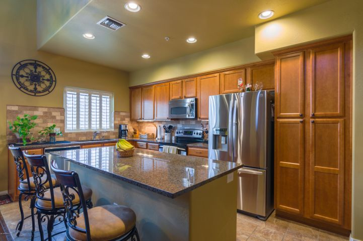3935 E ROUGH RIDER Road 1090, Phoenix, AZ 85050