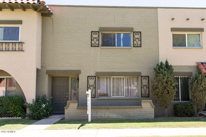 2926 E CLARENDON Avenue, Phoenix, AZ 85016