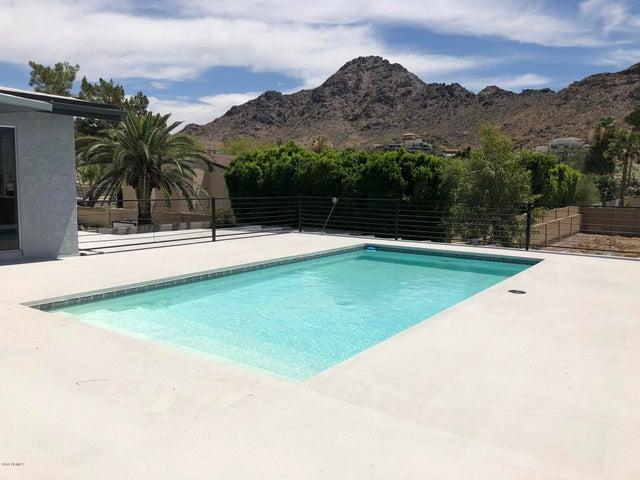 7037 N 21ST Street, Phoenix, AZ 85020