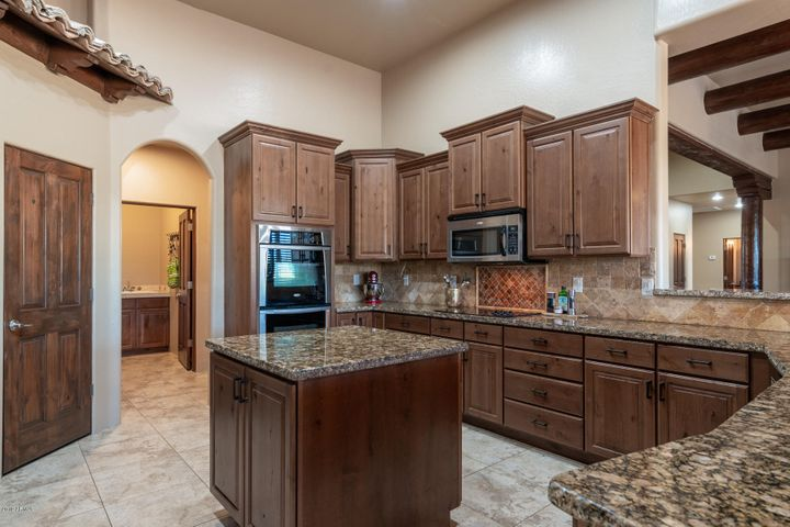 38218 N CENTRAL Avenue, Phoenix, AZ 85086