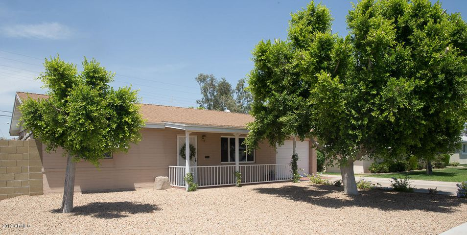 2250 E MONTECITO Avenue, Phoenix, AZ 85016