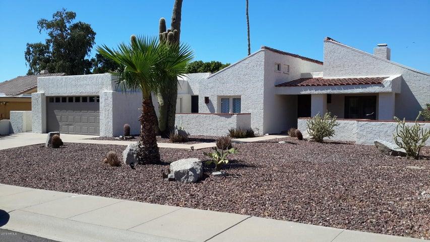 8422 N 16TH Place, Phoenix, AZ 85020