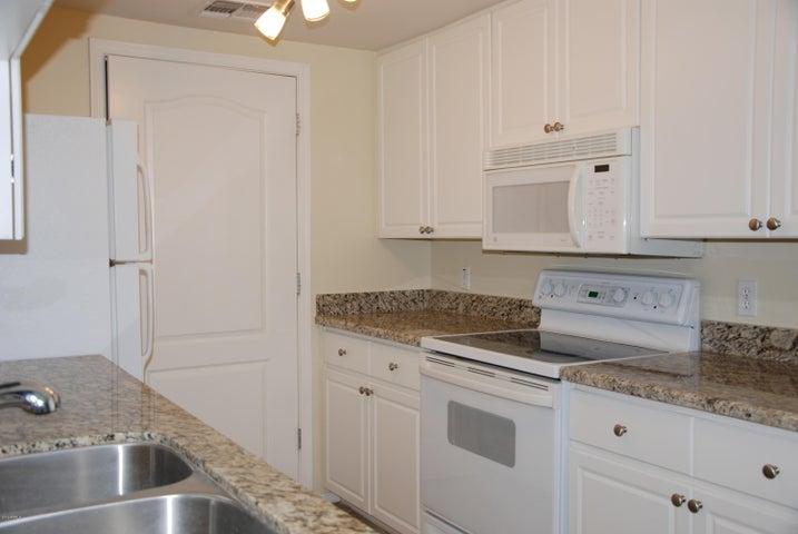 1701 E COLTER Street 417, Phoenix, AZ 85016