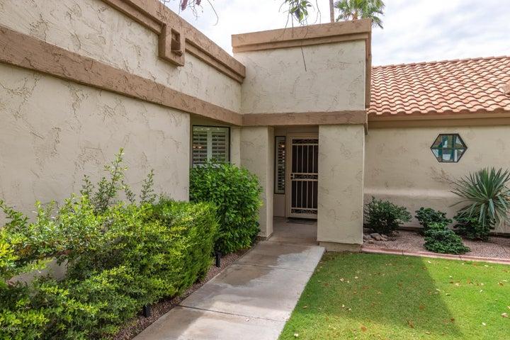 9121 W TARO Lane, Peoria, AZ 85382