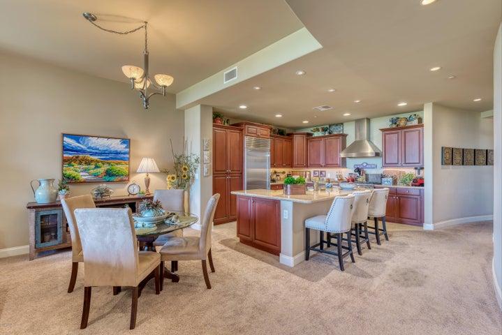 8 BILTMORE Estate 224, Phoenix, AZ 85016