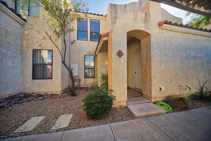 280 S ELIZABETH Way 31, Chandler, AZ 85225