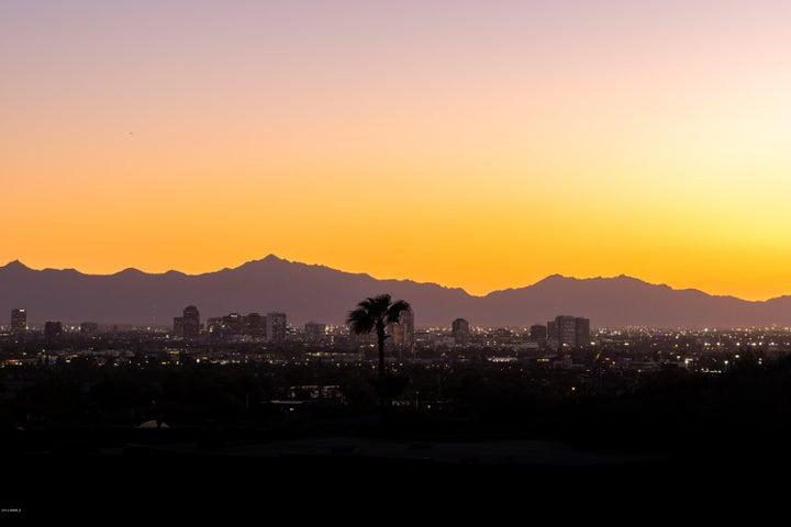 6664 N 29TH Place, Phoenix, AZ 85016