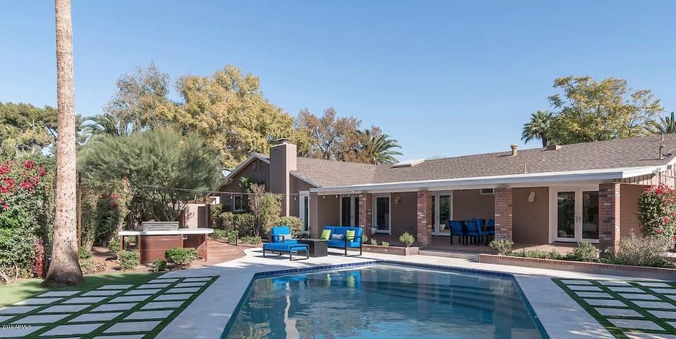 2237 E MONTEBELLO Avenue, Phoenix, AZ 85016
