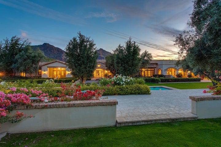6512 N Desert Fairways Drive, Paradise Valley, AZ 85253