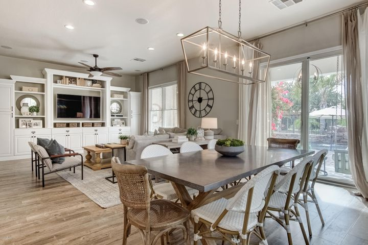 Family Room & Dining