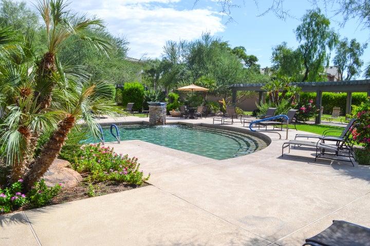 16013 S DESERT FOOTHILLS Parkway 2028, Phoenix, AZ 85048