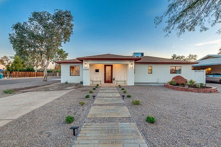 2043 E CLARENDON Avenue, Phoenix, AZ 85016