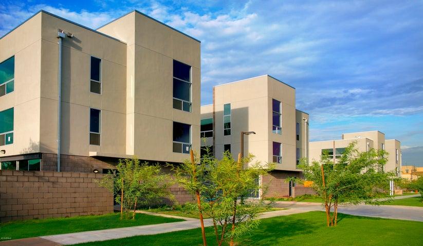 727 E PORTLAND Street 15, Phoenix, AZ 85006