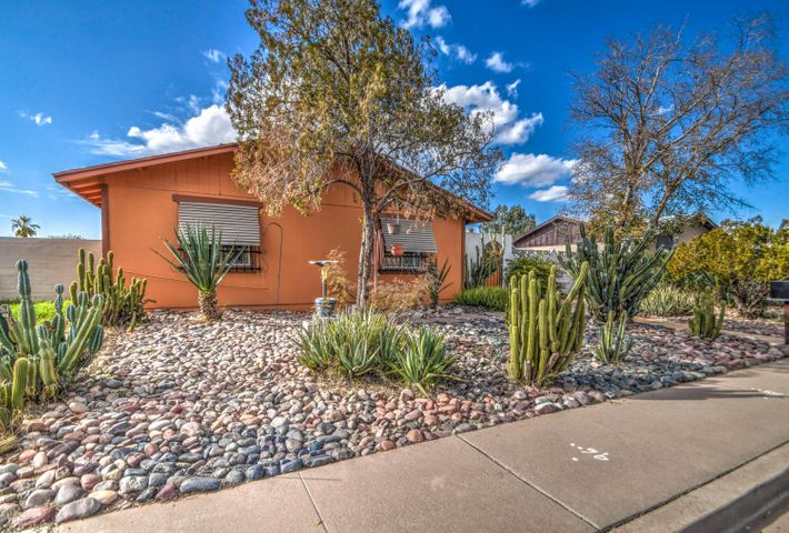 5218 S 44TH Place, Phoenix, AZ 85040