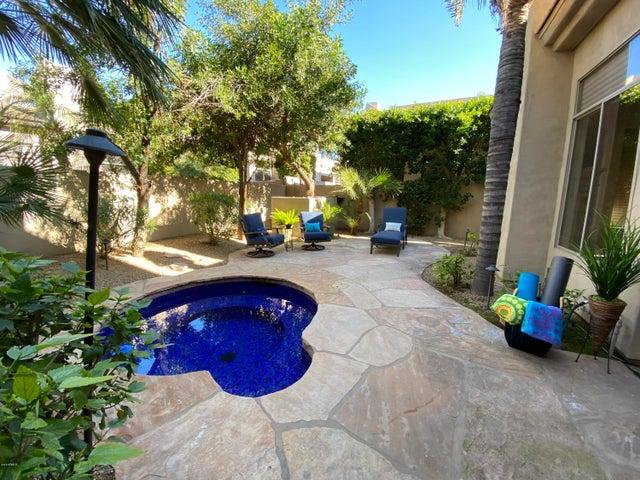 7258 E DEL ACERO Drive, Scottsdale, AZ 85258