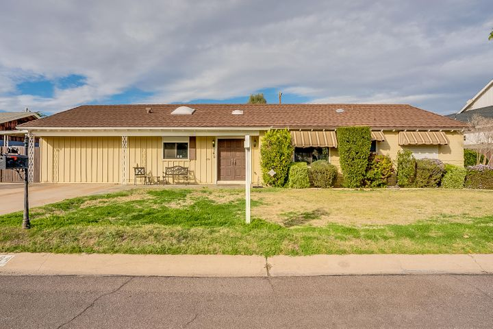 4164 E CAMELBACK Road, Phoenix, AZ 85018
