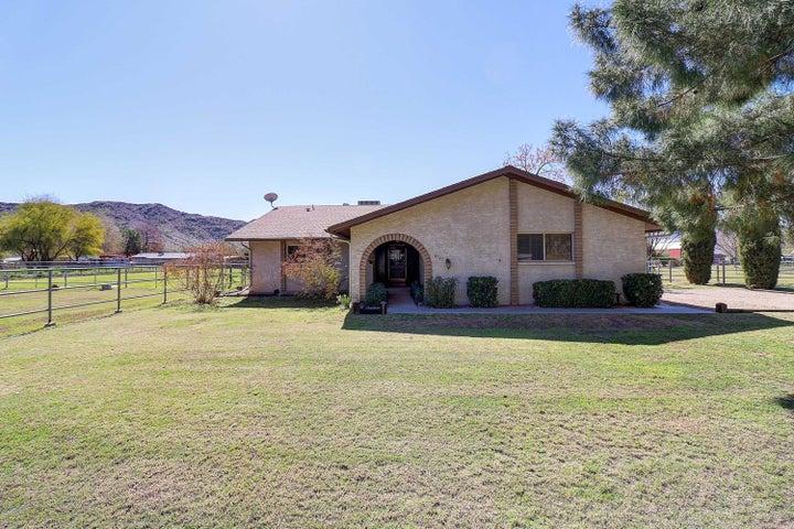 4545 W Crivello Avenue, Laveen, AZ 85339