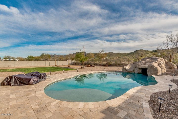 4515 W COPLEN FARMS Road, Laveen, AZ 85339