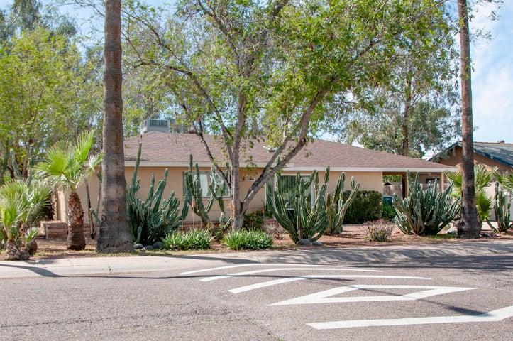 1825 W HIGHLAND Avenue, Phoenix, AZ 85015
