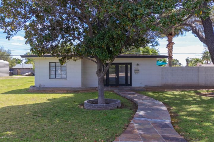 1901 E MONTECITO Avenue, Phoenix, AZ 85016
