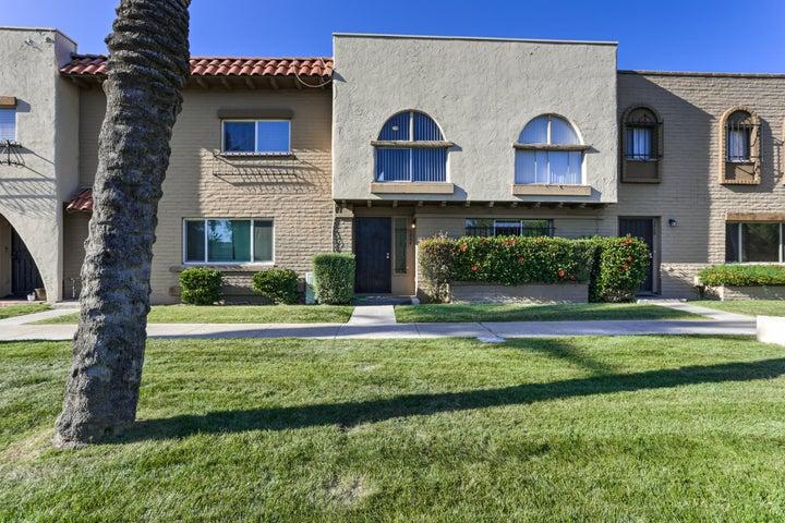 2824 E CLARENDON Avenue, Phoenix, AZ 85016