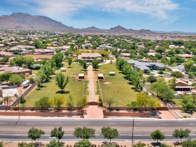 001_AERIAL VIEW OF PROPERTY