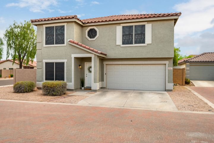 **Multiple Offers Received!** Boasting large bedrooms, loads of storage, zero carpet, & a new roof (2019), this 4BR/2.5BA move-in ready home sits on a quiet, corner lot in Cooper Commons in south Chandler. At 2,370 sf, this updated floorplan is well-equipped to entertain, home school, & work remotely. Step inside to a versatile great room that flows into an open concept kitchen / family room. Updated kitchen w/ butcher block island/breakfast bar, stainless steel appliances, lots of cabinets/counter space + built-in pantry! Half-bath tucked away near laundry w/ newly added storage. Upstairs find a HUGE owners suite split from all other large bedrooms & great, flexible loft space. Beautiful, neutral palette throughout. Low maint. front yard w/ a backyard w/covered patio awaiting your vision!