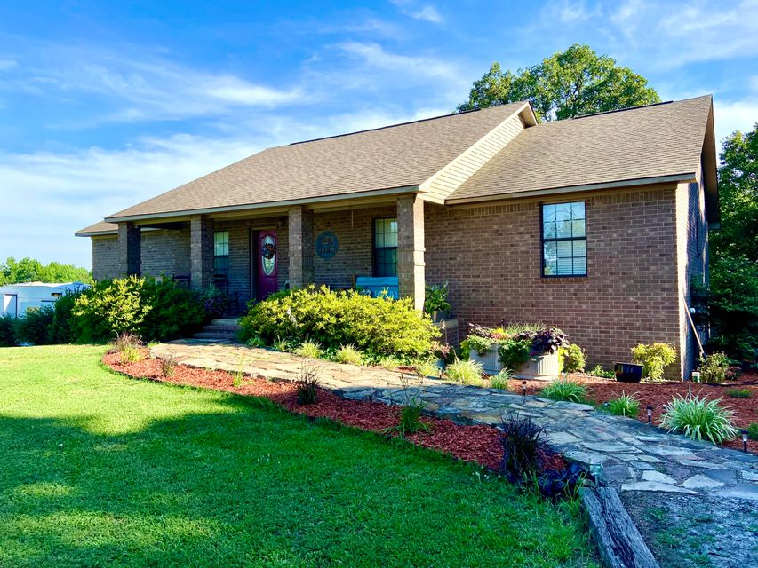 Residential for sale –  Pleasant Plains,