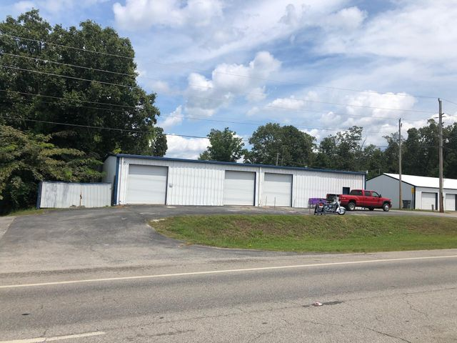 Commercial for sale – 2860 N  Central  Batesville, AR