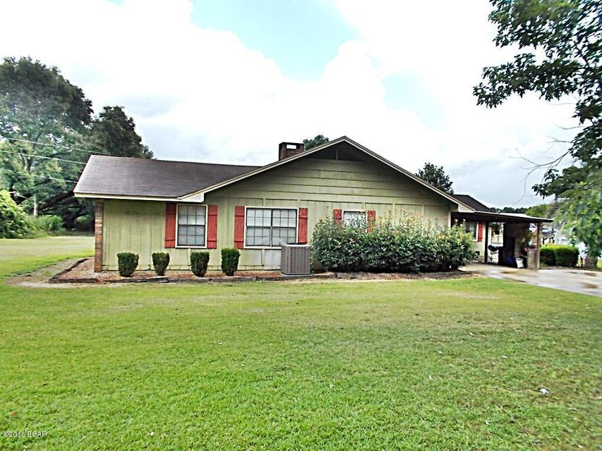 Photo of 2565 STANDLAND Road Cottondale FL 32431