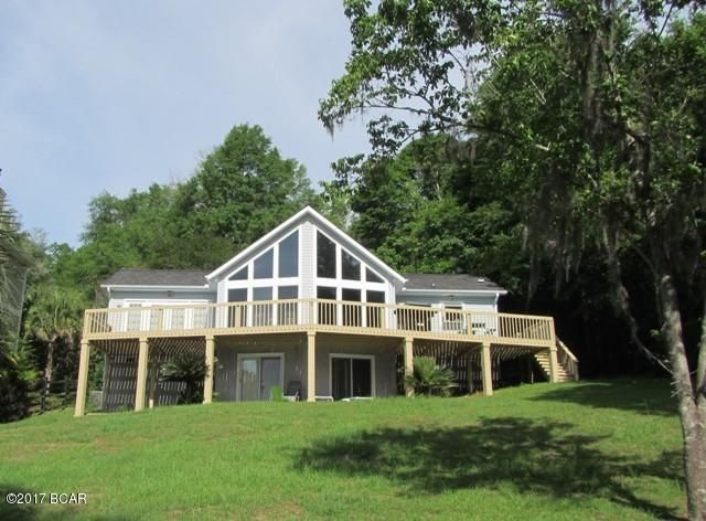 Photo of 532 LAKEPOINT Road Compass Lake FL 32420