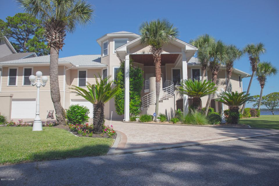 Photo of 96 MONTANA Lynn Haven FL 32444
